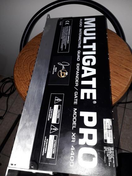Multigate Behringer Xr4400