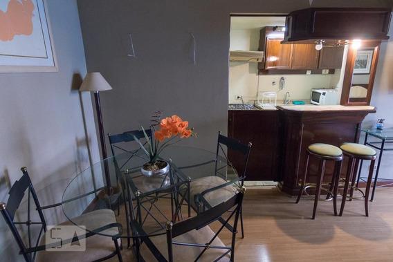 Studio No 10º Andar Mobiliado Com 1 Dormitório E 1 Garagem - Id: 892987796 - 287796