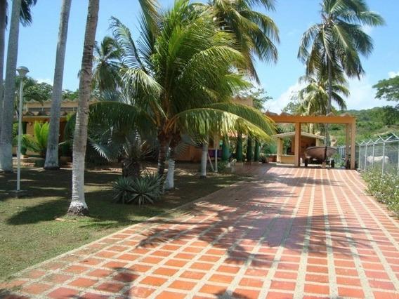 Casa En Tucacas Cod 291877 Hilmar Rios 04144326946