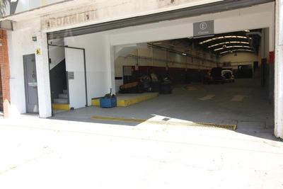 Alquiler - Excelente Local Comercial En Dos Plantas - Belgrano Chico