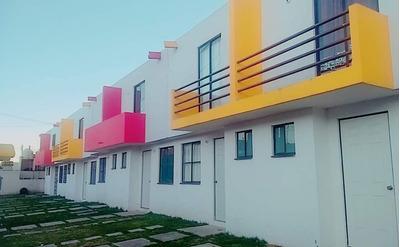 Hermosa Casa De Dos Plantas-construcción De 54.12 M