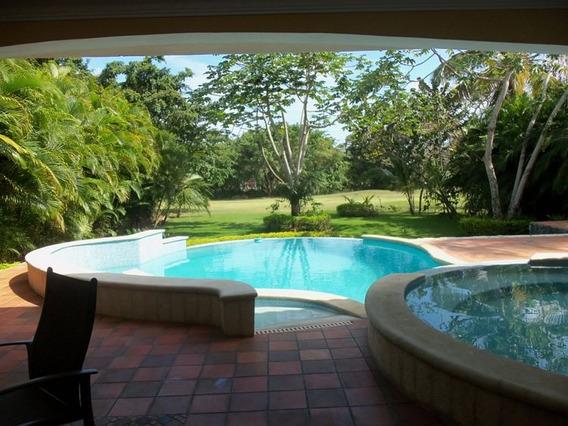 Hermosa Y Amplia Villa En Renta En Metro Country Club
