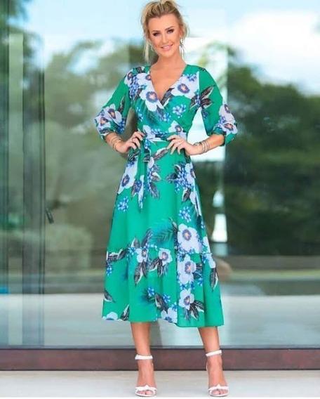 Vestido Chiffon Floral Com Maxi Pregas E Mangas