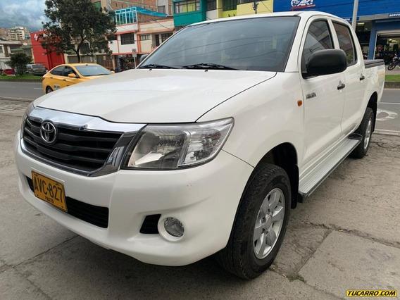 Toyota Hilux .
