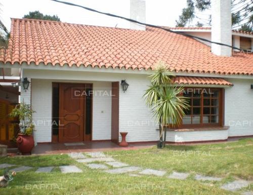 Casa En Alquiler Punta Del Este- Ref: 24784