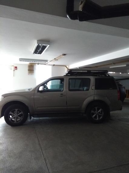Nissan Pathfinder 2008 4x4