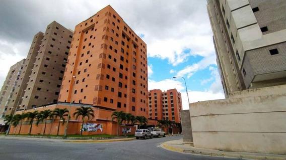 Apartamento En Venta Urb. Base Aragua- Maracay 20-23468hcc