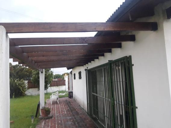 Mar De Ajo Importante Casa 175 M2 Cubiertos A 3 Km. Del Mar
