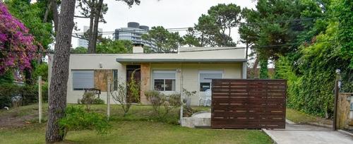 Casa En Venta De 2 Dormitorios En San Rafael