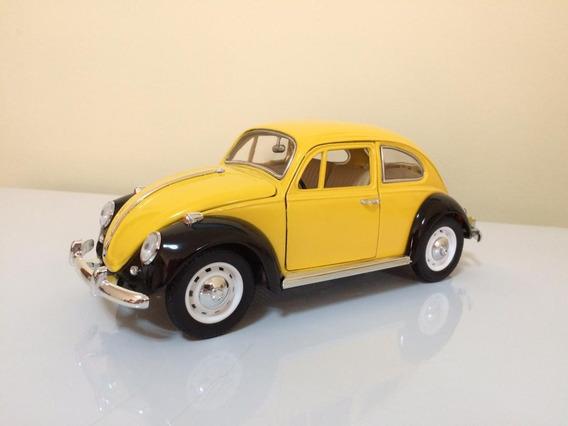 Volkswagen Beetle 1967 Escala 1/18 Carros De Colección