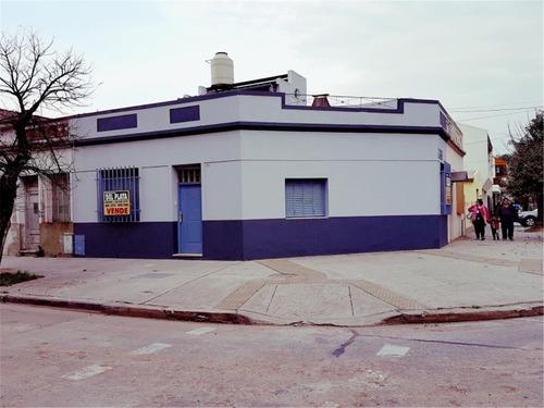 Imagen 1 de 15 de Tipo Casa 3 Ambientes  Al Frente Con Terraza Propia