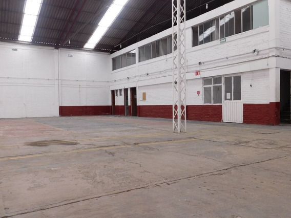 Bodega De 650 M2, Colonia Pantitlan, Iztacalco.