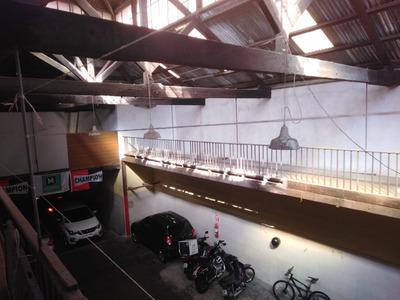 Galpón Zona Centro, Planta Baja Con Parking + Entrepiso