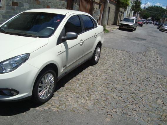 Fiat Grand Siena 1.6 16v Flex 4p Automático
