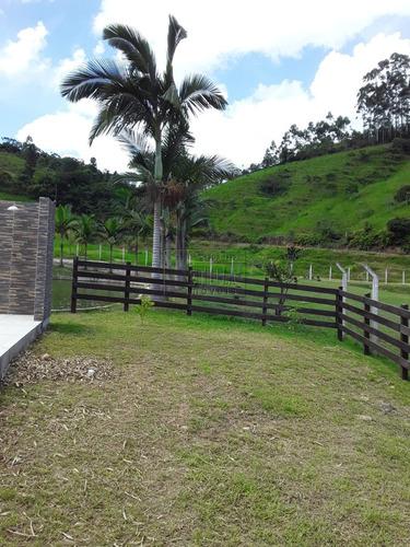 Chácara/fazenda/sítio Com 3 Dormitórios À Venda Com 15240.7m² Por R$ 700.000,00 - Sao Joao Batista / Sc - Ch1868