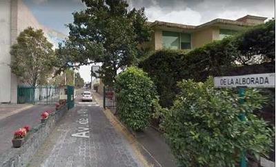 Casa En Venta. Oportunidad. Parque Del Pedregal. Cod. P63
