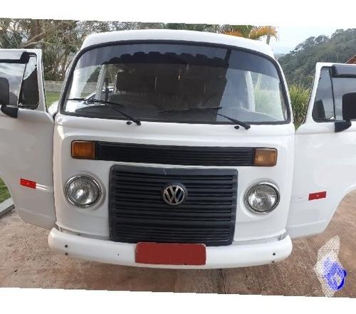 Volkswagen Kombi 2010 1.4 Escolar Total Flex 3p