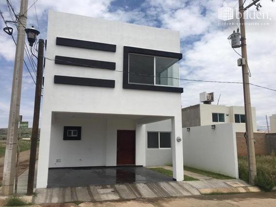 Casa En Venta En Fracc Cumbres Residencial