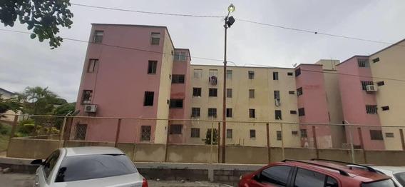 Apartamento En Venta Zona Oeste Barquisimeto Lara Rahco