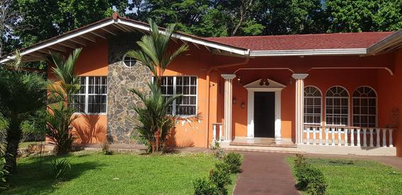 Venta De Casa En Las Cumbre 19-6916hel**