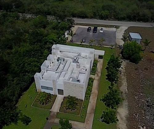 Imagen 1 de 6 de Venta De Edificio En Merida