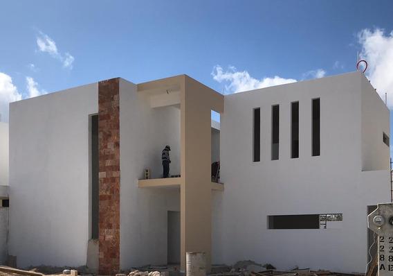 Residencia Amplia, Lujosa Y Excelente Ubicación De Mérida Yu