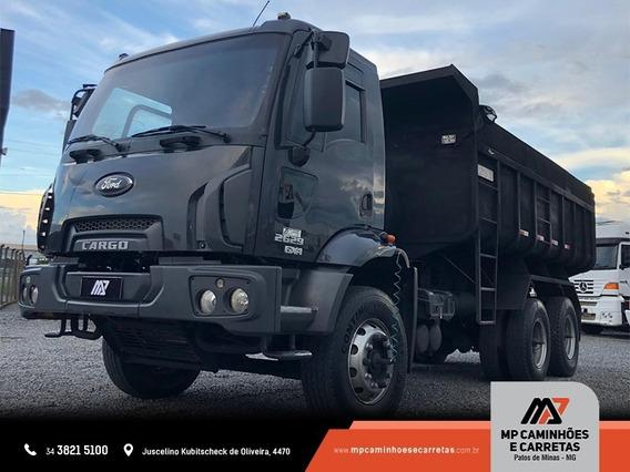 Caminhão Ford Cargo 2629 6x4 Ano 2013