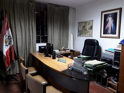 Alquiler De Oficinas En Primer Piso De Vivienda - Trujillo