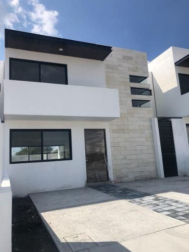 Casa En Venta En Agaves,dentro Del Refugio!!