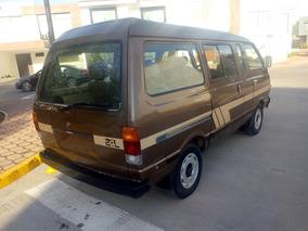 Nissan Ichi Van Larga