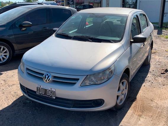 Volkswagen Voyage 1.6 2010