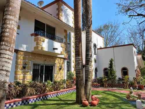 Mansion En Venta Cancun 3,000m2 | C2521