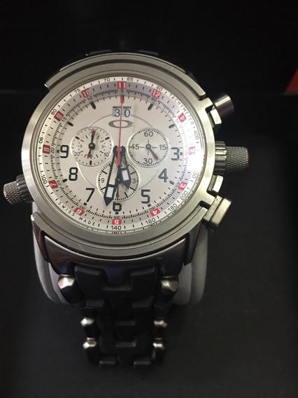 Reloj Oakley Metálico Romero