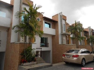 Townhouses En Venta Sonny Bogier Bs: 200.000