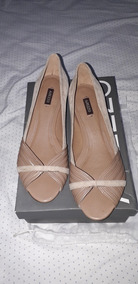 Sapato Arezzo Couro Peep Toe Nude - Belo E Clássico!