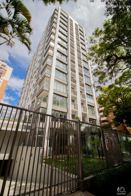 Apartamento Em Menino Deus Com 3 Dormitórios - Rg1071