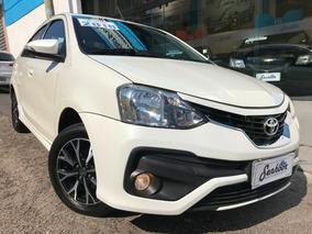 Toyota Etios Sedan 1.5 Platinum Flex 2018 - Branco