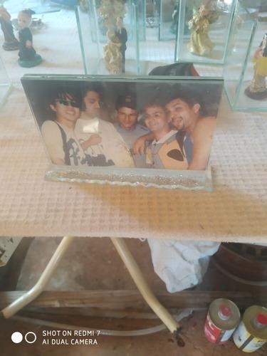 Imagem 1 de 4 de Porta Retrato De Vidro