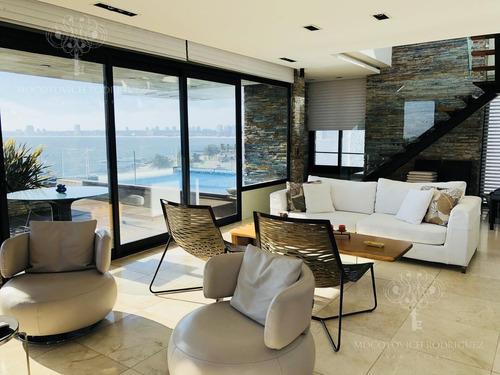 Imagen 1 de 26 de Apartamento - Puerto - 4 Dormitorios - Primera Fila - Piscina