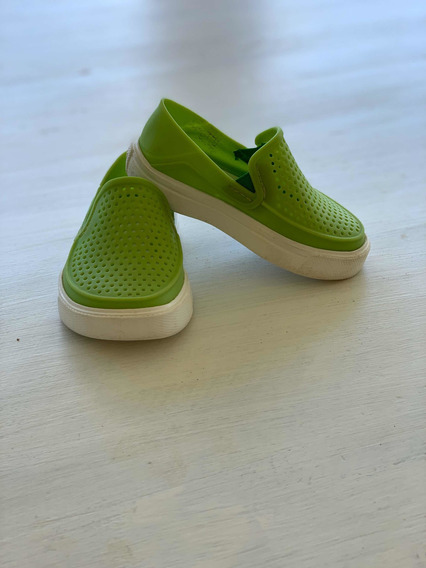 Crocs Originales Talle 21