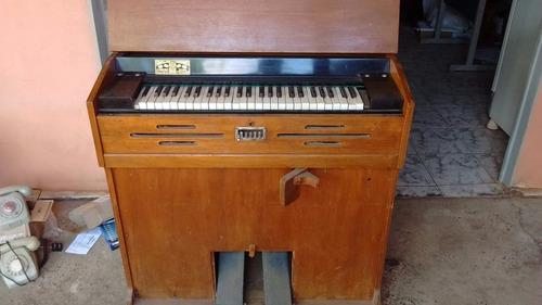 Orgão 1937 Antigo De Fole 2,500 Reais,pra Vende 81 Anos