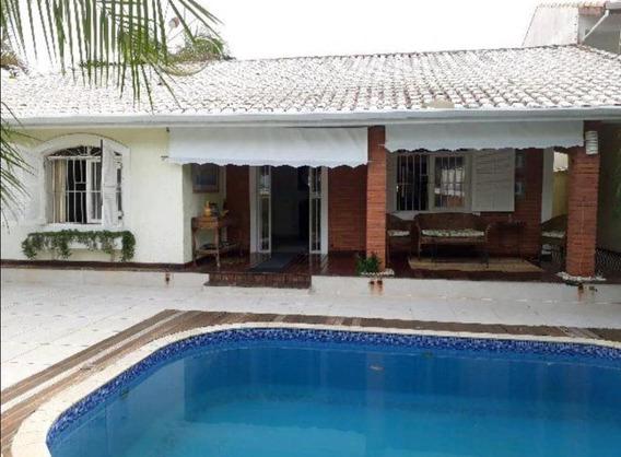 Casa Residencial Com Piscina, 50 M. Da Praia, Ref. 0851 M H