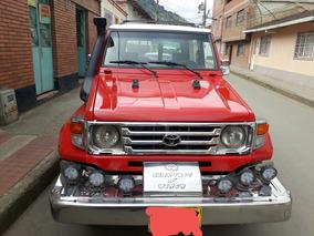 Toyota Land Cruiser Modelo 3
