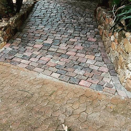 Imagem 1 de 3 de Ws Pedras Decorativa E Serviços De Calçamento