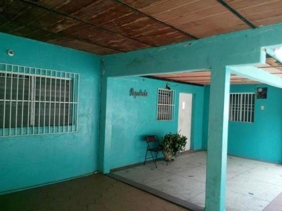 Terreno En Venta Centro De Coro Cod-20-196 04146954944