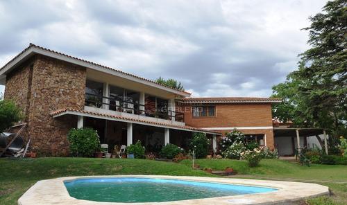 Casa En Venta Y Alquiler En Punta Del Este, Zona De Playa Mansa.- Ref: 18669