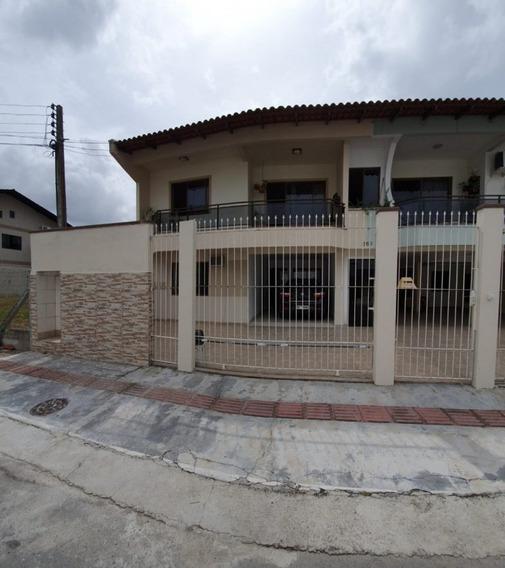 Casa 2 Dorm No Centro - Casa A Venda No Bairro Centro - Balneário Camboriú, Sc - Rl-34096