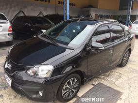 Toyota Etios Sedán Platinum Automático