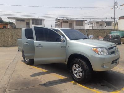 Toyota Hilux 2.7 4x2 Automatica
