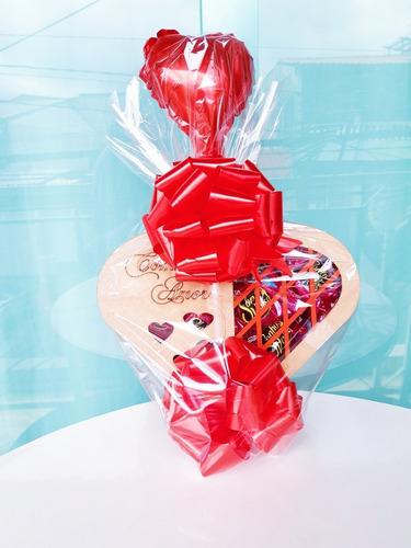 Imagem 1 de 4 de Cesta Chocolate Coração Bombons Presente Especial Namorado